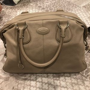 Authentic Tod's restyling D bag